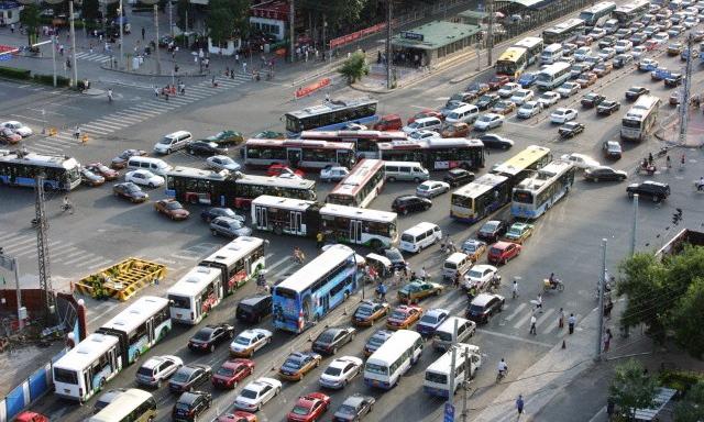 china-traffic-jam-city