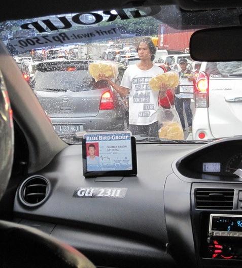 Jakarta, vendedor autopista