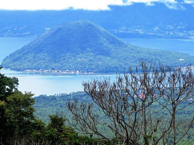 Tidore Indonesia vista