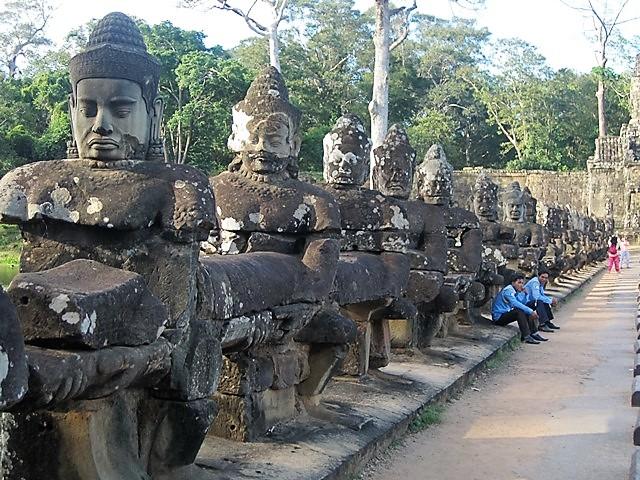 Angkor puente 4