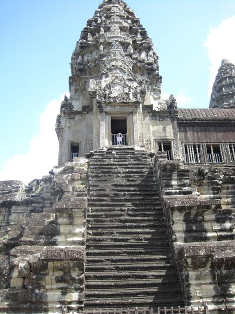 templo Angkor Wat escalinata