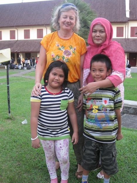 Vivir dia a dia en Indonesia gente (4)